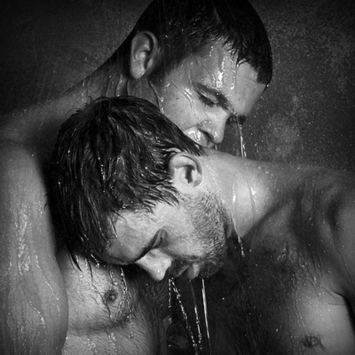 G2G Gallery Guys: Wet Wednesday Twogether - GAYTWOGETHER.COM - click to enlarge