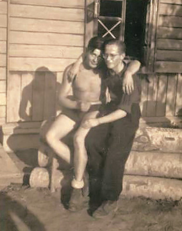CLICK TO ENLARGE - Vintage Photo Memories - Men Twogether - GAYTWOGETHER.COM